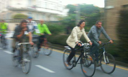 """Gran Bicicletada """"Con Bici sen CO2"""" Participa!"""