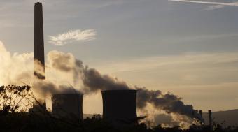 Denuncia perante o Valedor por a Xunta non informar dos episodios de contaminación por ozono