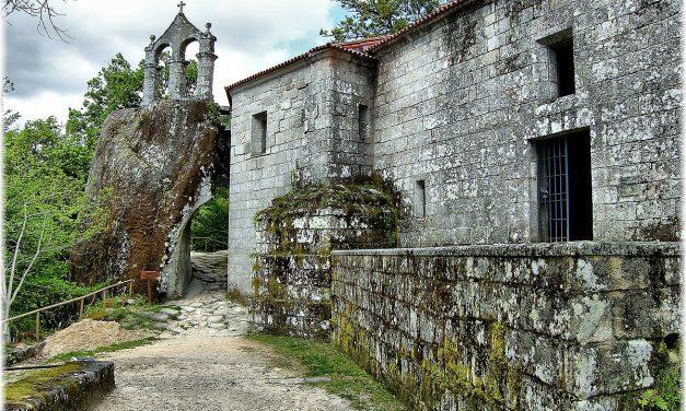 Patrimonio cultural e ambiental de San Pedro de Rocas ameazado polas obras dunha estrada
